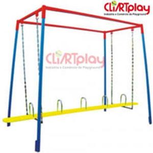 Playground de Tronco de Ferro